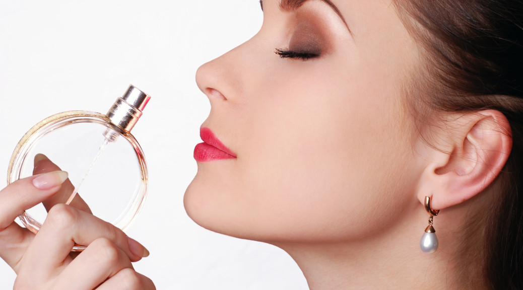 Как выбрать духи, чтобы они не только обладали прекрасным ароматом, стойкос